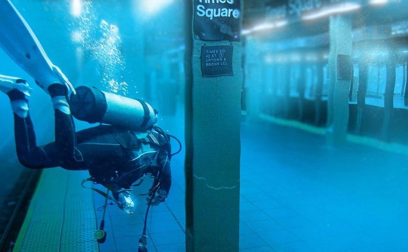 Inflatable plug for subway tunnelsdemonstrated