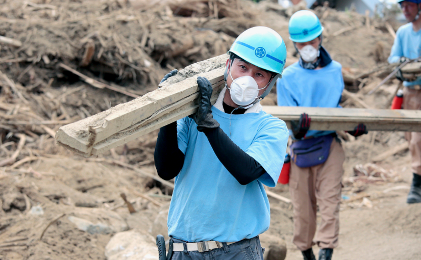 11 jobs that go into overdrive when a natural disasterstrikes
