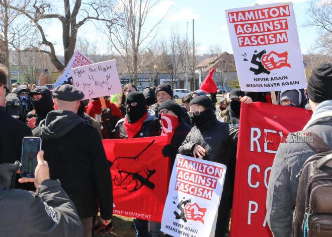 Hamilton-Police-presence-keeps-opposing-ideological-groups-apart-on-Locke-Street-4